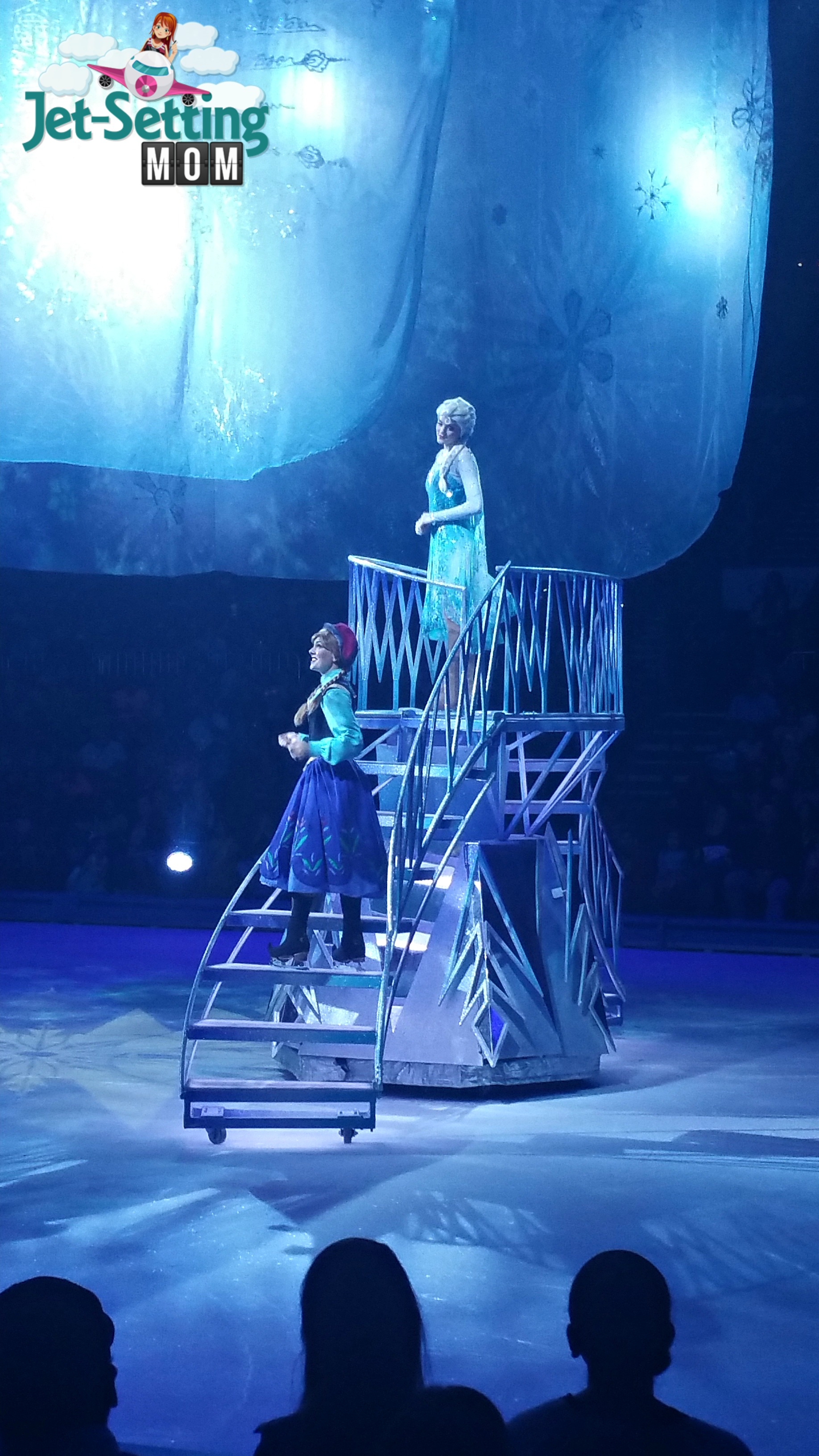 Disney on ice 100 years of magic with anna and elsa