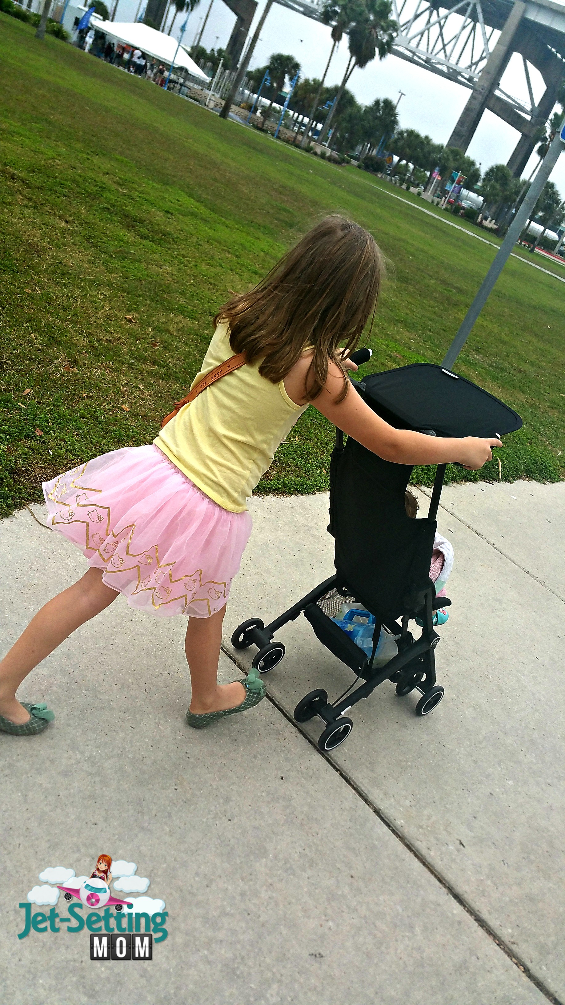 The gb Pockit stroller is super easy to navigate even for my 6 year old
