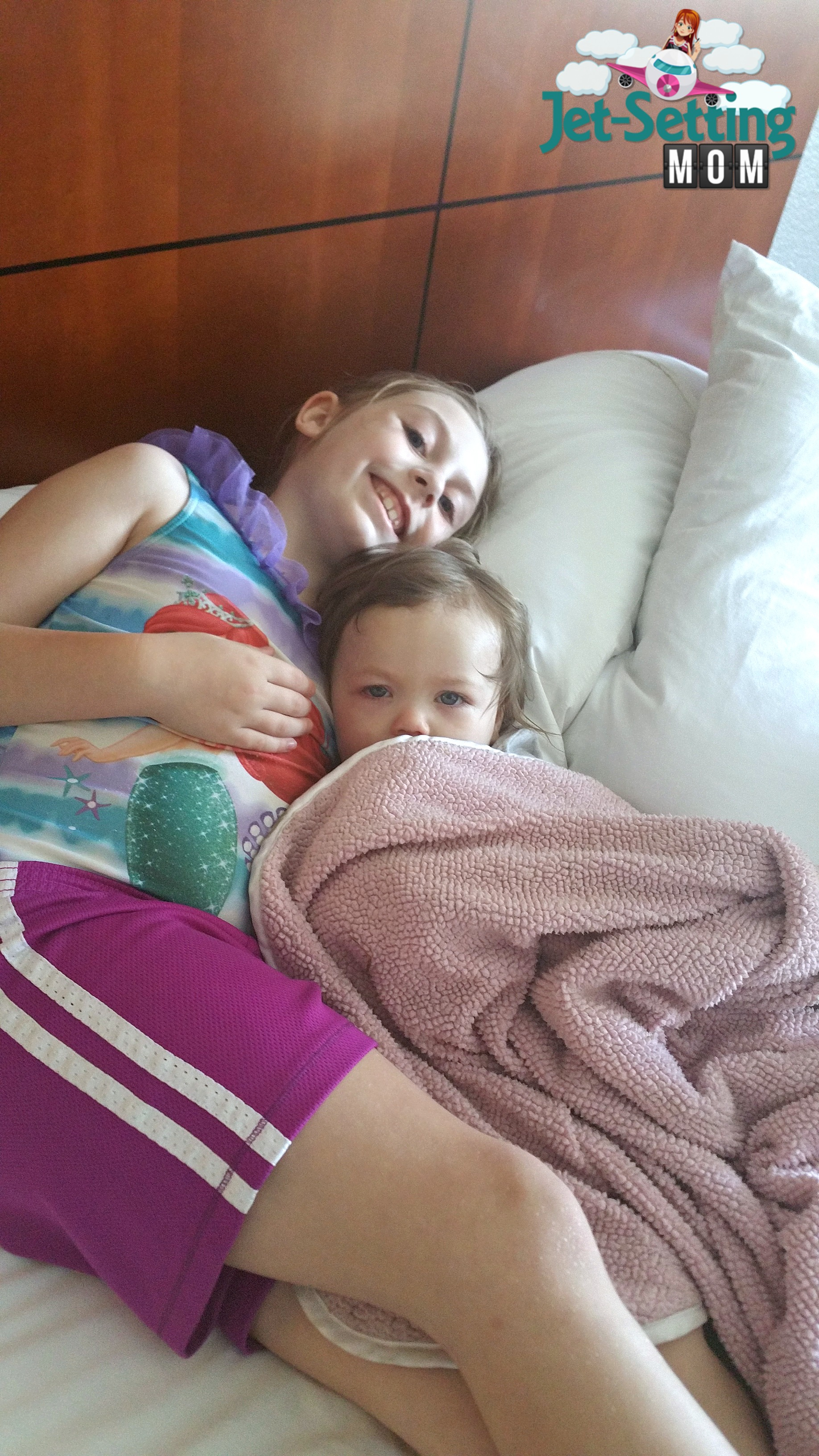 happy and comfy kids at the Courtyard Marriott SeaWorldWestover Hills