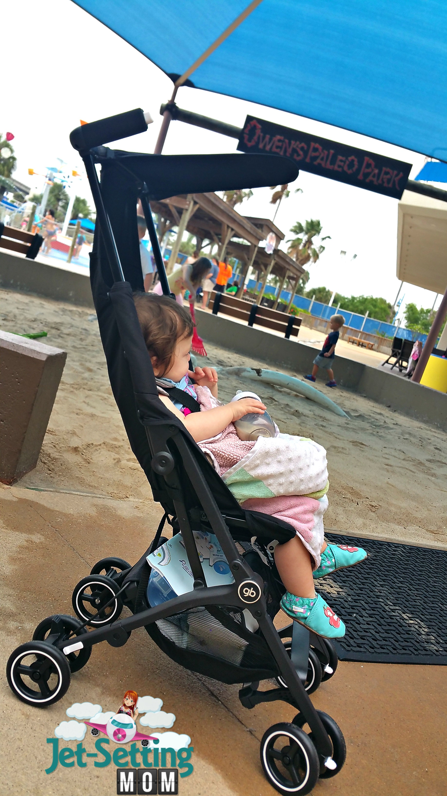 love to travel with the gb Pockit stroller
